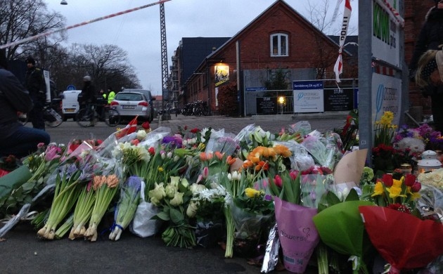코펜하겐 총격 용의자 4명 법정에 선다