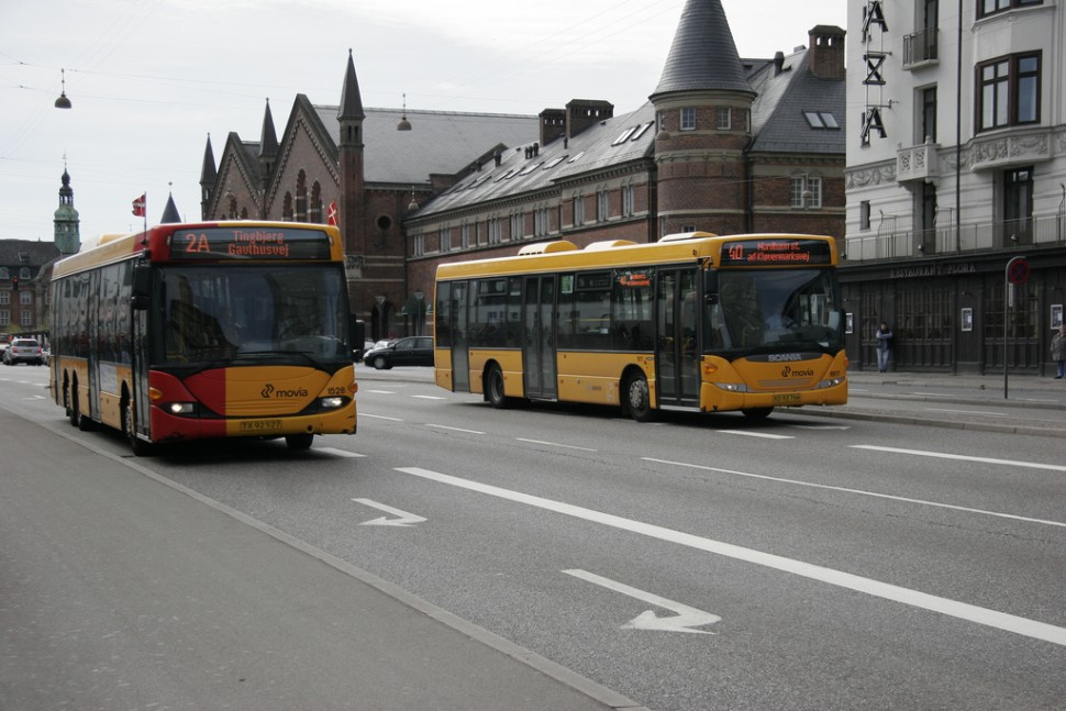 코펜하겐 버스(출처: 플리커 CC BY Peter Leth)