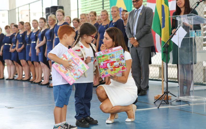 메리 덴마크 왕세자비가 브라질 학교에 레고 5천 상자를 나눠줬다 (출처: VisitDenmark)