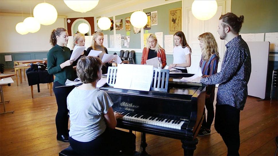 덴마크 폴케호이스콜레에서 수업하는 모습 (덴마크 폴케호이스콜레연합회 제공)