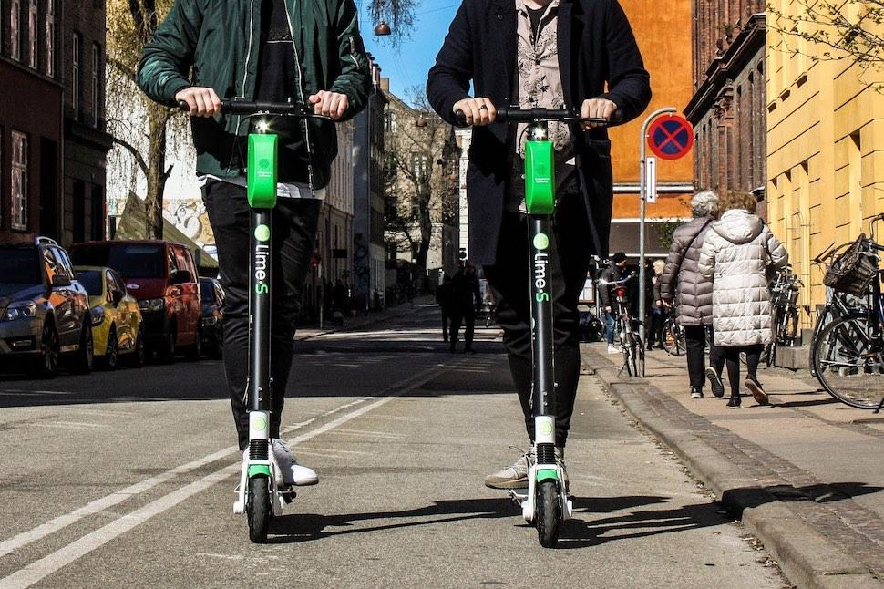 2019년 4월부터 코펜하겐에서 운행 중인 글로벌 공유 전동스쿠터 임대업체 라임(Lime)